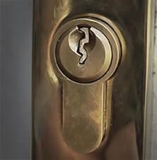 afgebroken-sleutel-in-slot